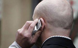 Cellulare come indumento