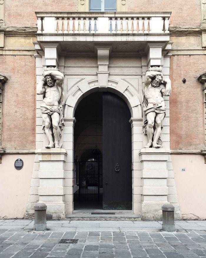 Porta dei Giganti