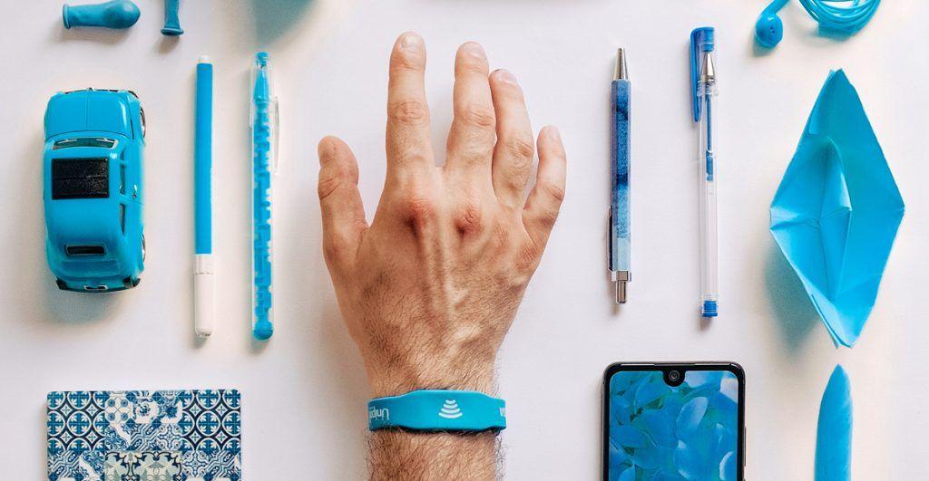L'alternativa al portafogli in un braccialetto wearable di Unipol Banca