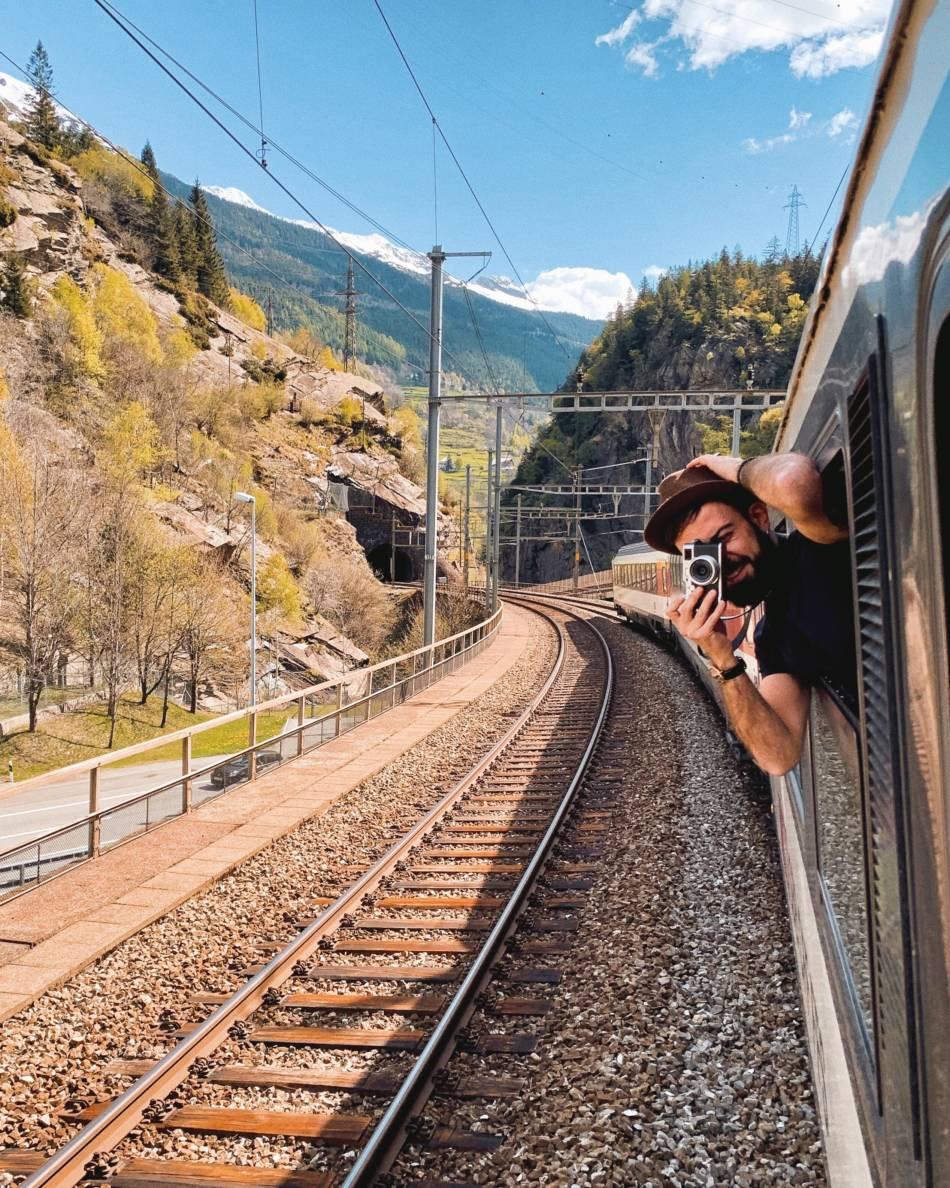 Gotthard Panorama Express _